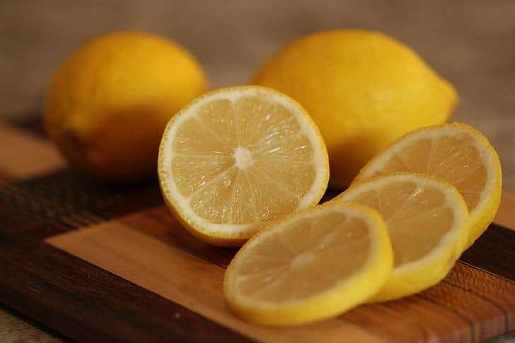 How Do Dogs React to Lemons' Taste?